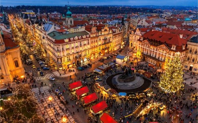 Paris Weihnachtsmarkt.Diese Weihnachtsmärkte In Europa Haben Auch Nach Weihnachten Noch
