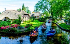 Diese Stadt wird auch das kleine Venedig Hollands genannt
