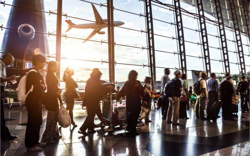 Schneller durch die Sicherheitkontrollen am Flughafen