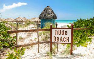nackt im Urlaub