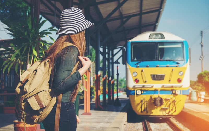 Zug fahren